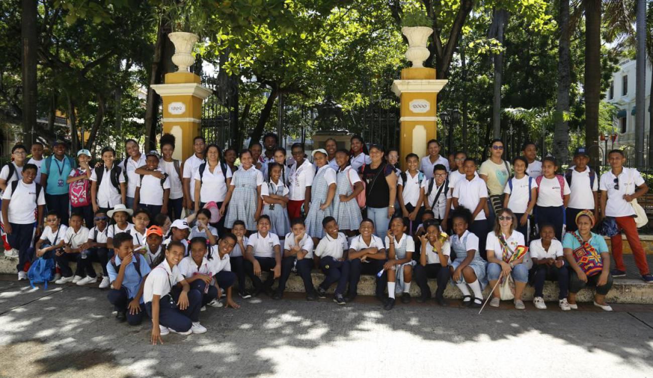 Inscripción colegio militar Justiniano Quiñonez Angulo | Colombia